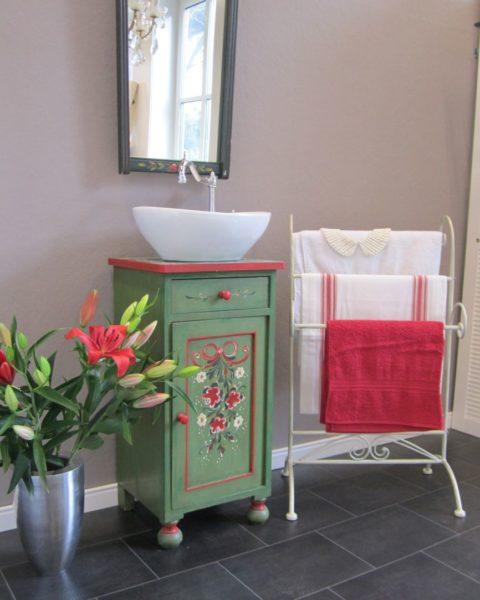 Hüttenzauber - Waschtischunterschrank Landhaus