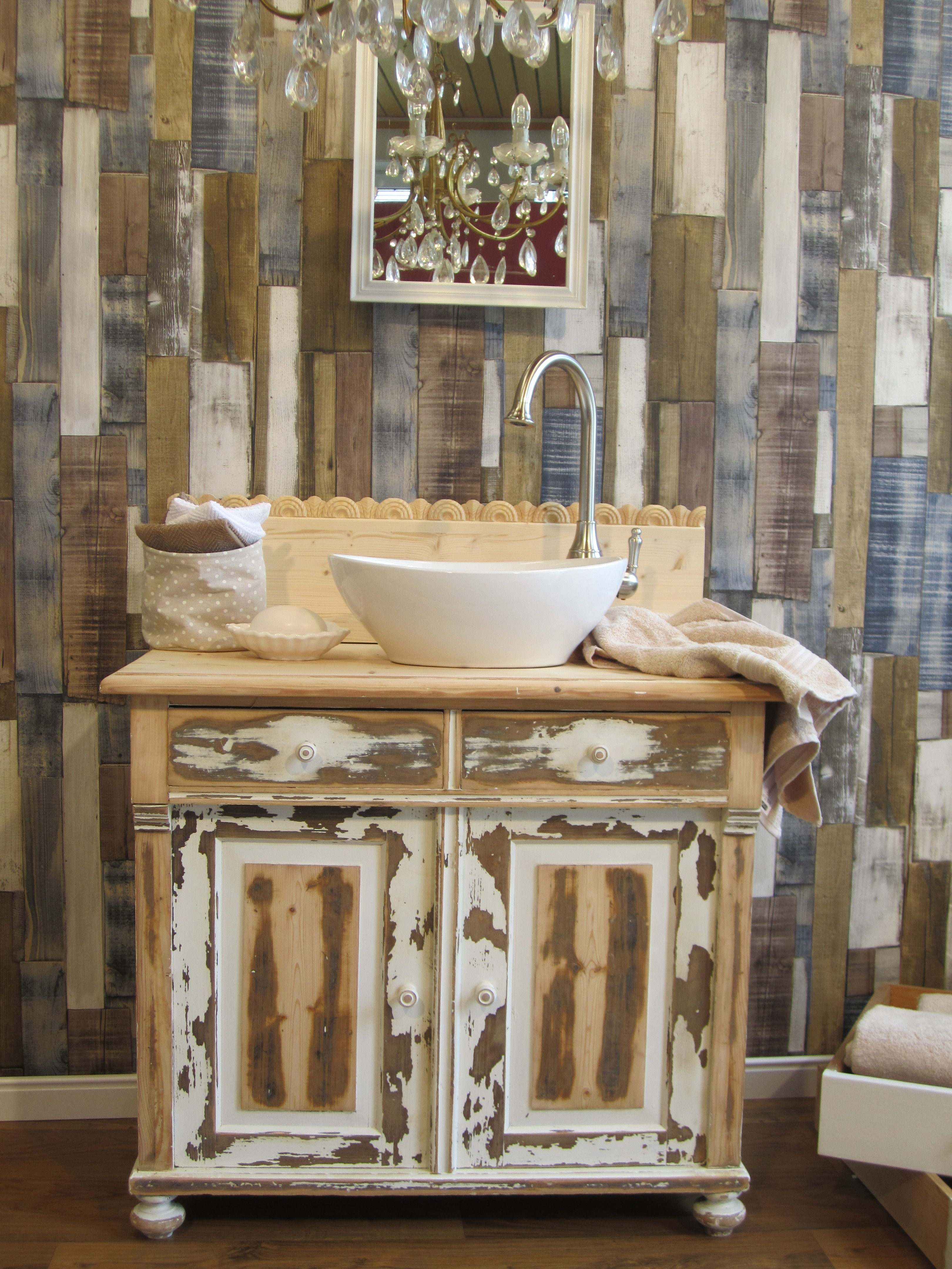 stil mit ecken und kanten wasserheimat. Black Bedroom Furniture Sets. Home Design Ideas