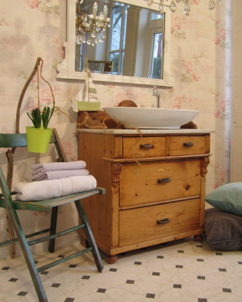 waschtisch holz landhausstil waschtisch holz landhausstil waschtisch holz landhausstil i. Black Bedroom Furniture Sets. Home Design Ideas