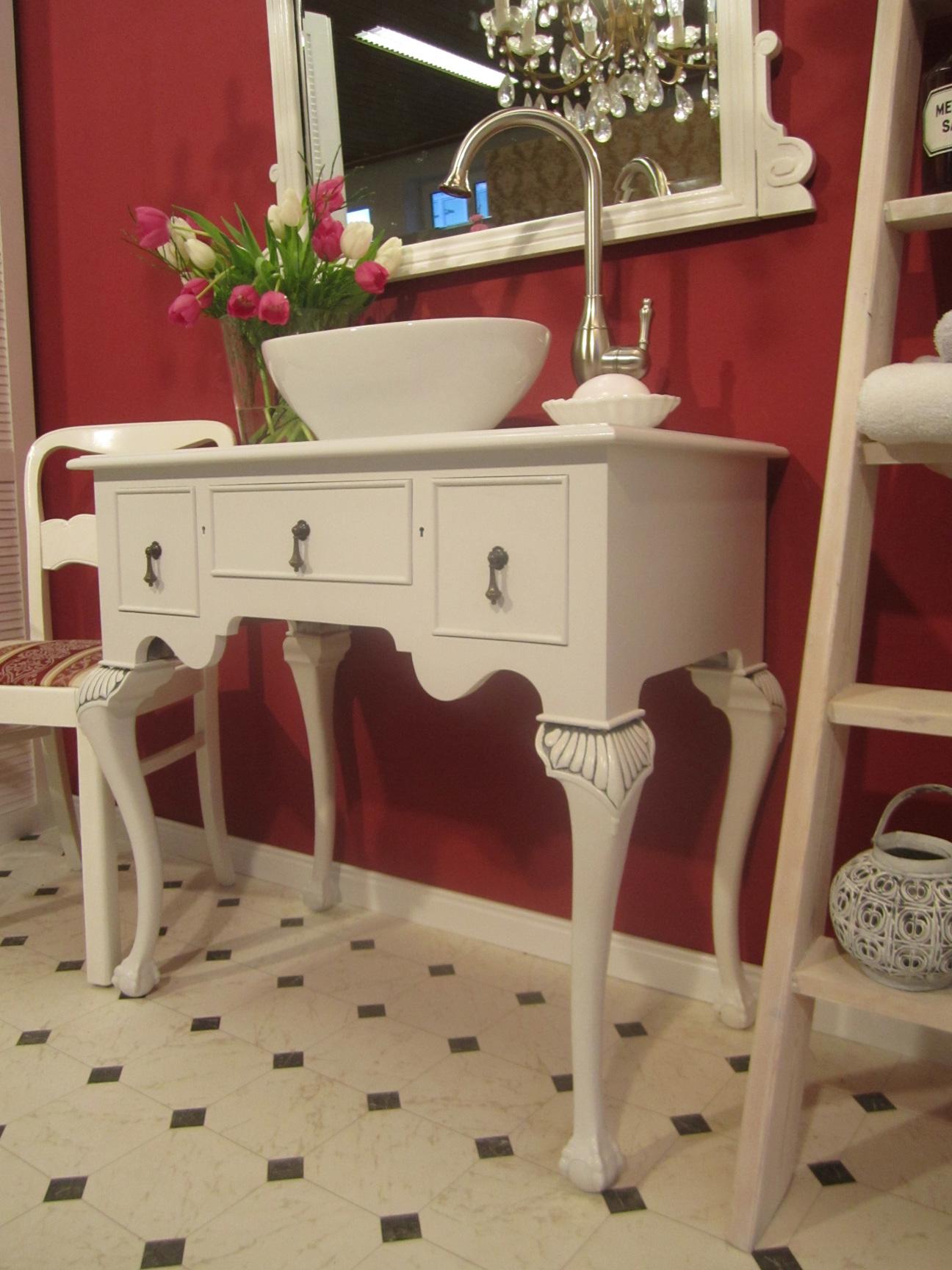 landhaus waschtisch hear my secret wasserheimat. Black Bedroom Furniture Sets. Home Design Ideas