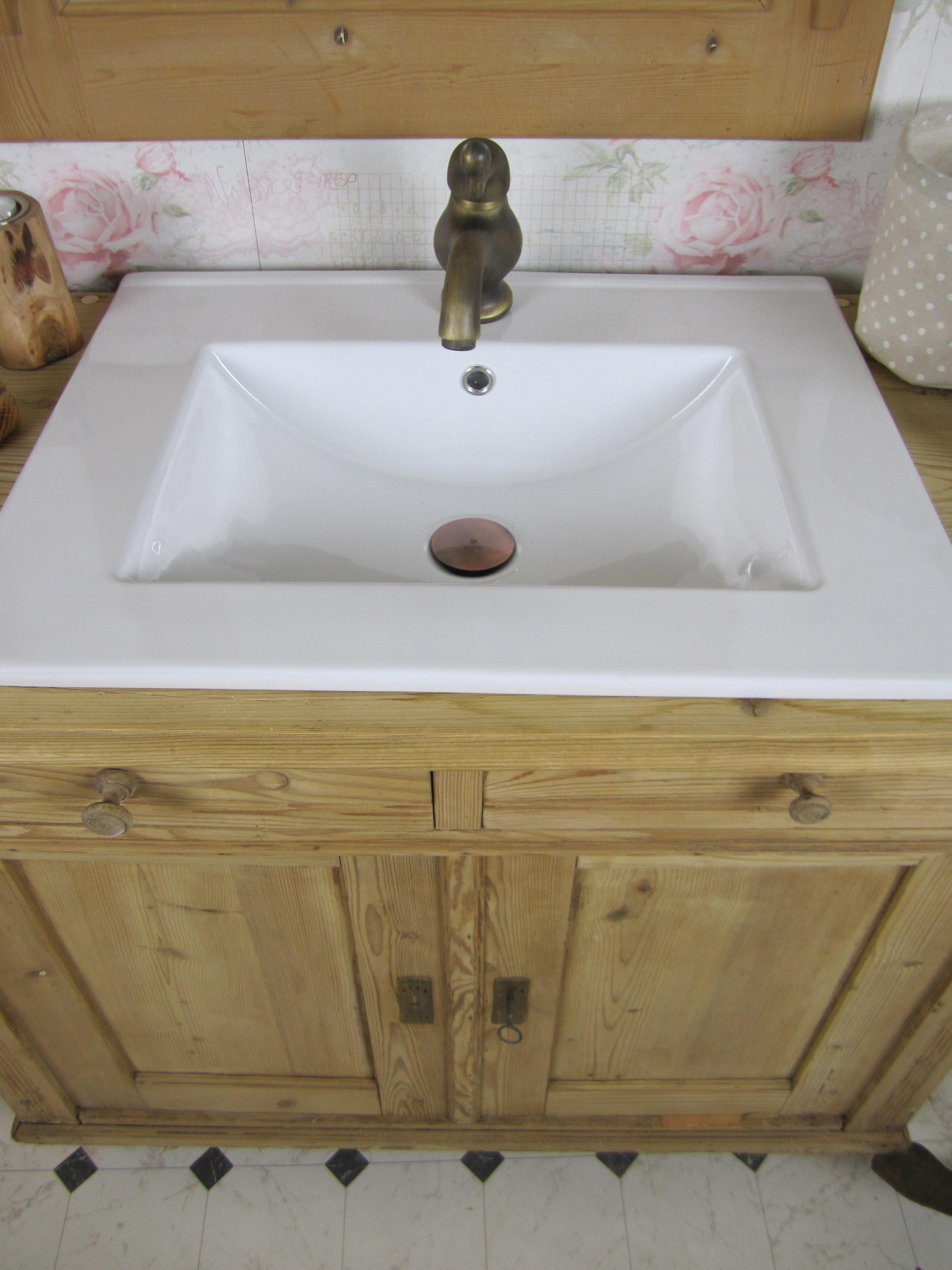besondere naturholz badm bel schaffen gem tlichkeit wasserheimat. Black Bedroom Furniture Sets. Home Design Ideas