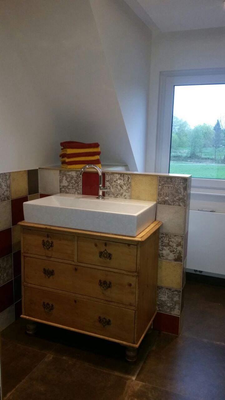 first love landhaus waschtisch holz wasserheimat. Black Bedroom Furniture Sets. Home Design Ideas