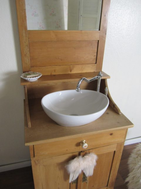Badschrank-antik-Les-élégant-Waschtisch-Holz
