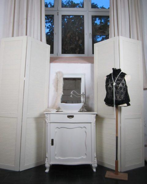 Badmöbel weiß im Landhausstil, Waschtish elegant, Waschtisch Landhaus