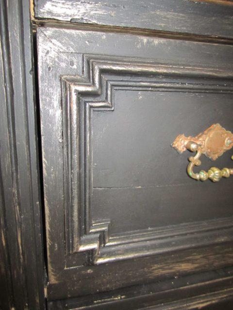 Black-pearl-Badmoebel-antik-schwarz-Landhausstil (10)
