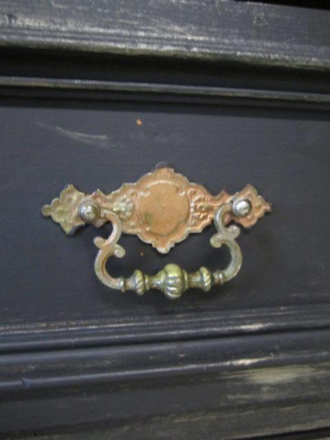 Black-pearl-Badmoebel-antik-schwarz-Landhausstil (9)