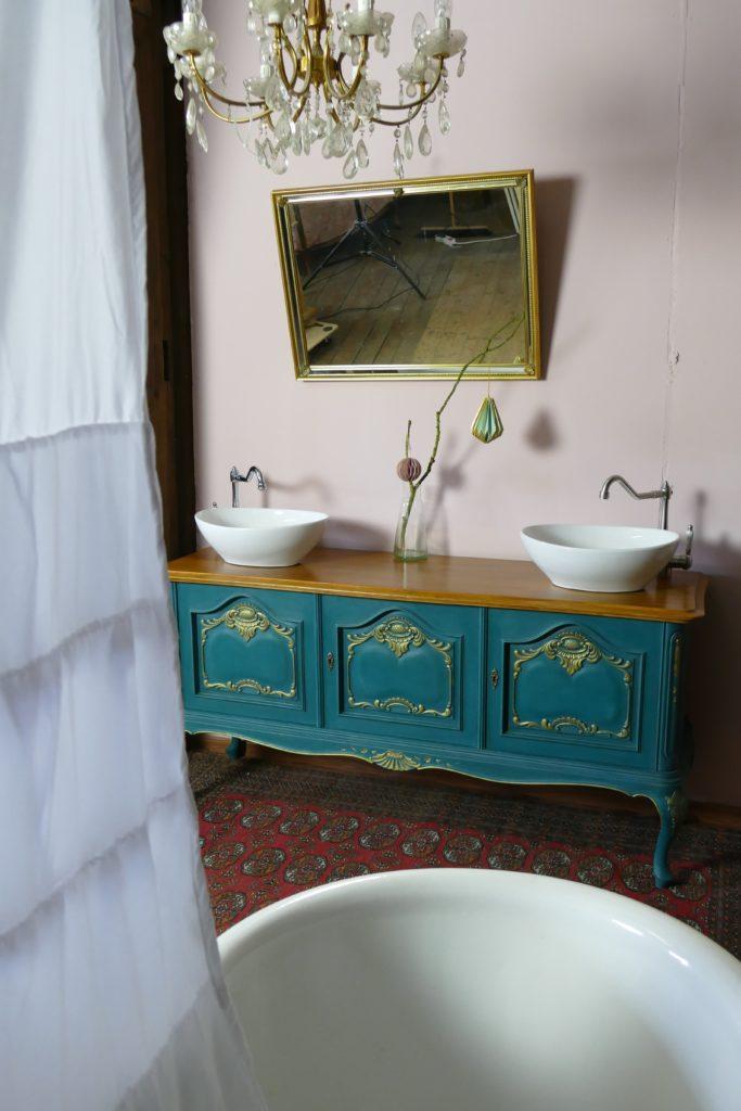 Badezimmermöbel im Landhausstil, Waschkommoden Vintage, Shabby chic, Waschkommode Landhaus