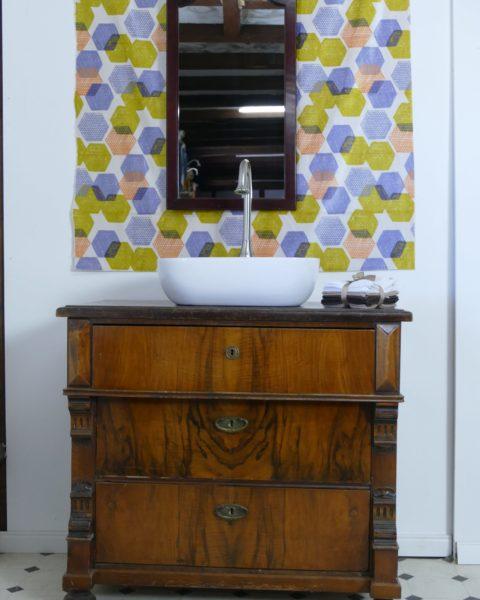 Waschkommode antik - Brown nugget