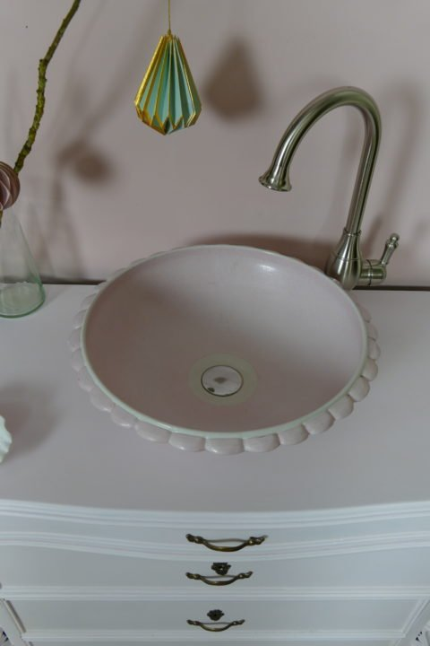 Waschtisch-Landhaus-Almond-Blossom-nostalgische Waschkommode