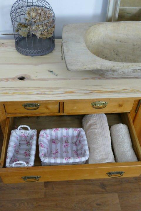 Waschtisch- Landhaus-groß-Doppelwaschtisch-Waschkommode-Landhaus-antiker-Waschtisch